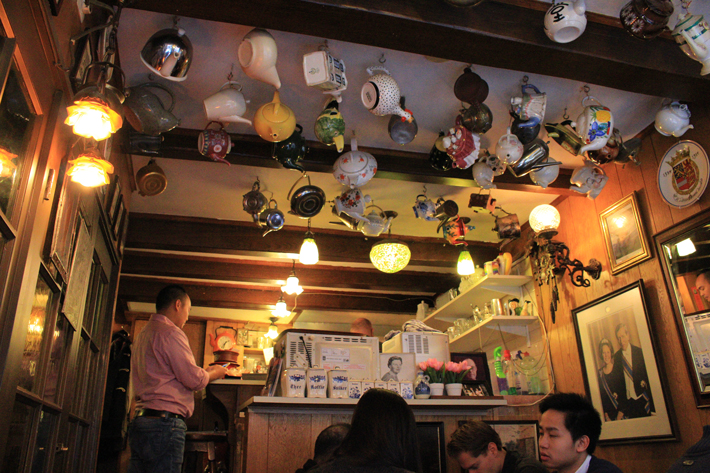 Pannenkoekenhuis pancakes upstairs teacup ceiling amsterdam