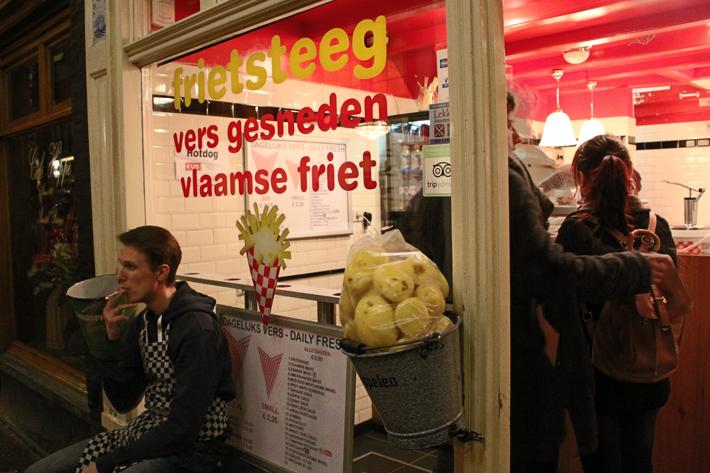 Vlaamse friet fries entrance amsterdam