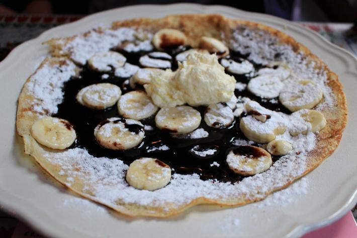 banana chocolate pancake Pannenkoekenhuis pancakes upstairs
