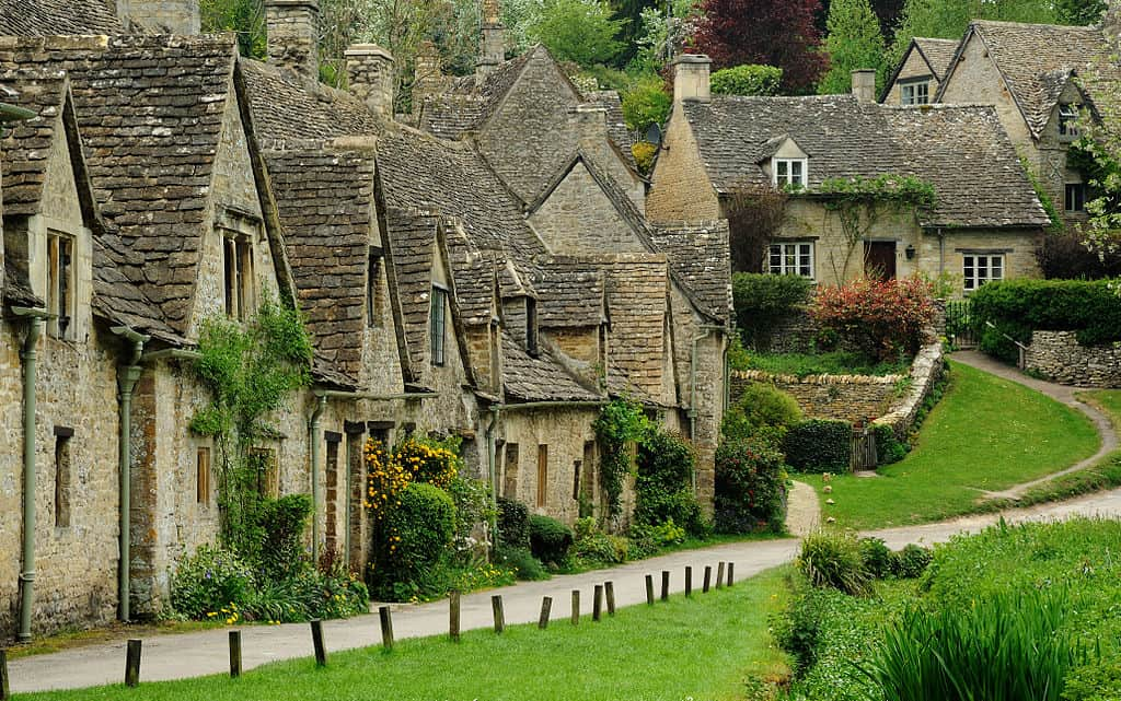 Arlington_Row_Bibury-Things to do in the Cotswolds