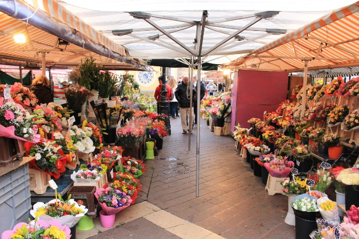 Cours Saleya, old town, things to do in nice france