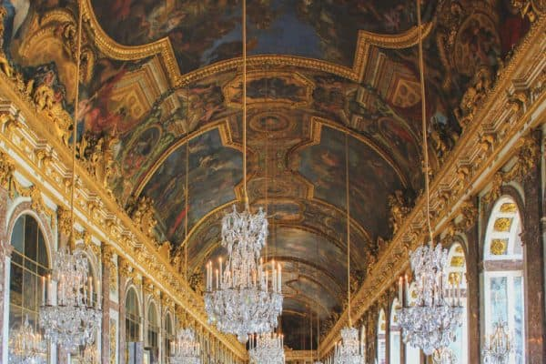 versailles france palace building majestic hall of mirrors