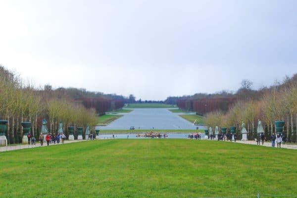 versailles france gardens landscaped grass water