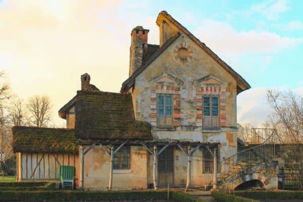 versailles france gardens landscaped grass building