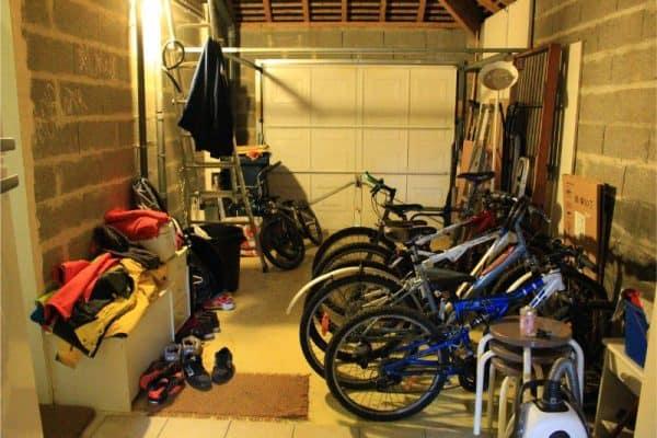 garage, paris to versailles