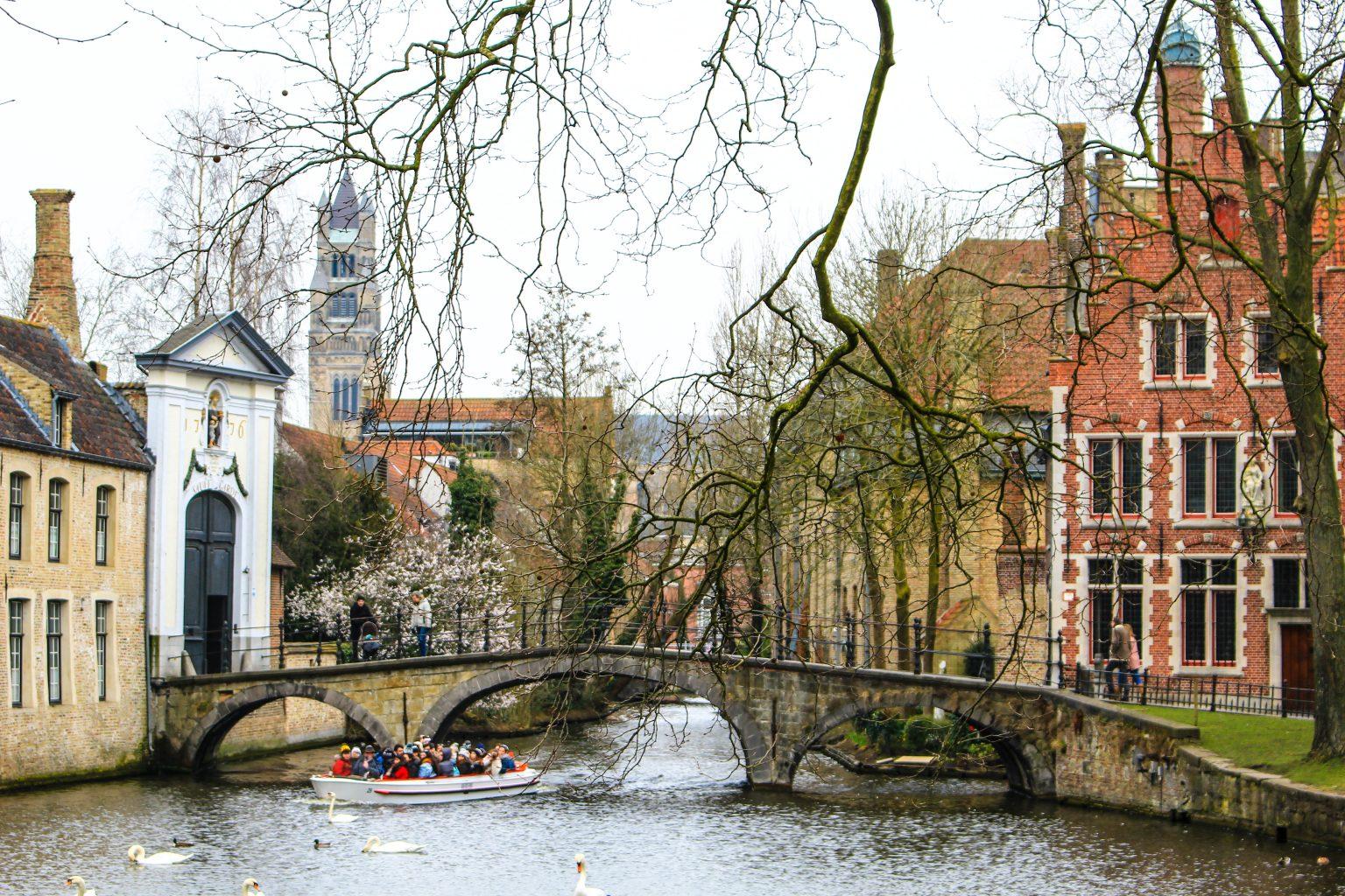 Bruges Belgium Begijnhof Minnewater, bruges walking tour, brugge city tour