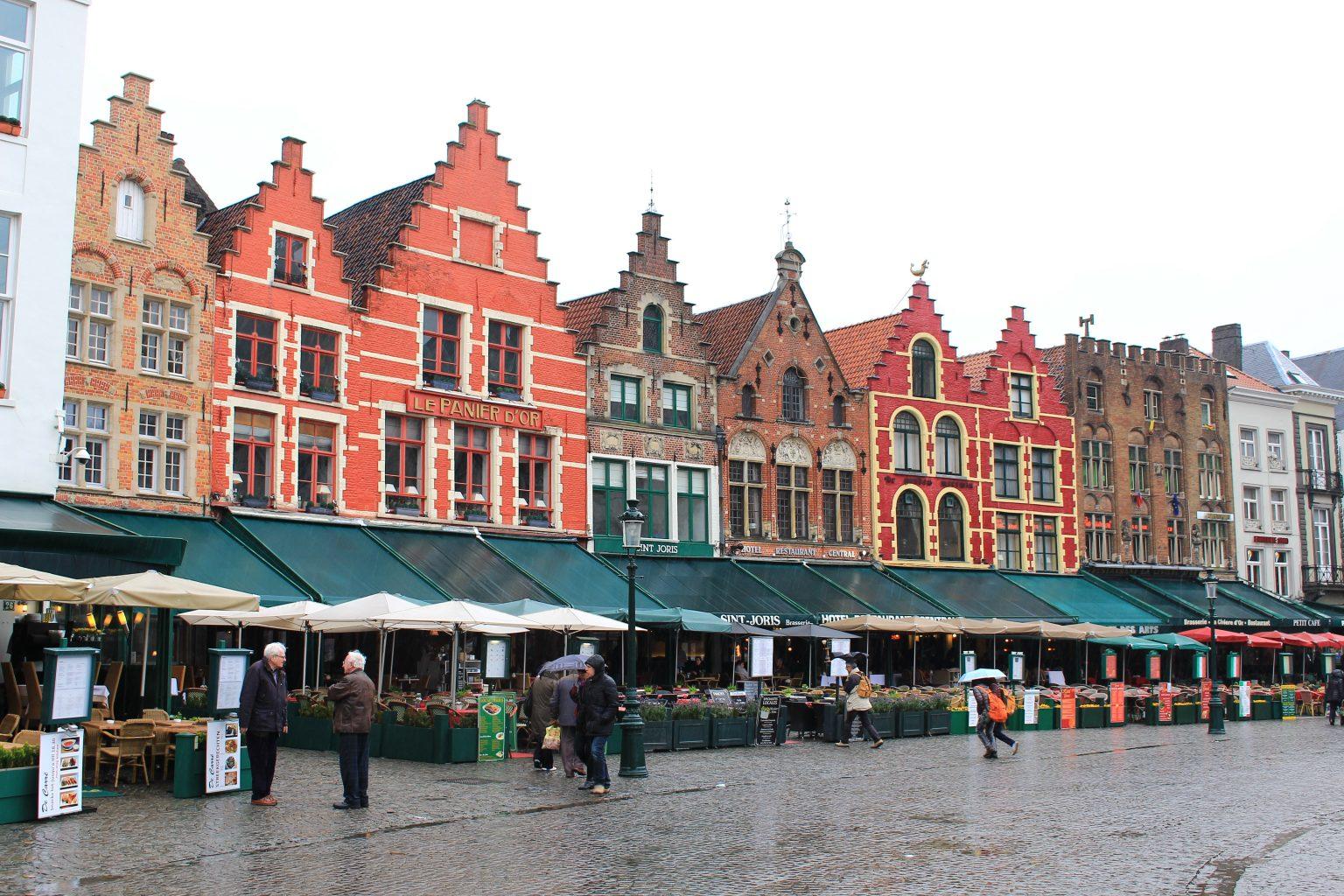 Bruges Belgium markt street, bruges walking tour, brugge city tour