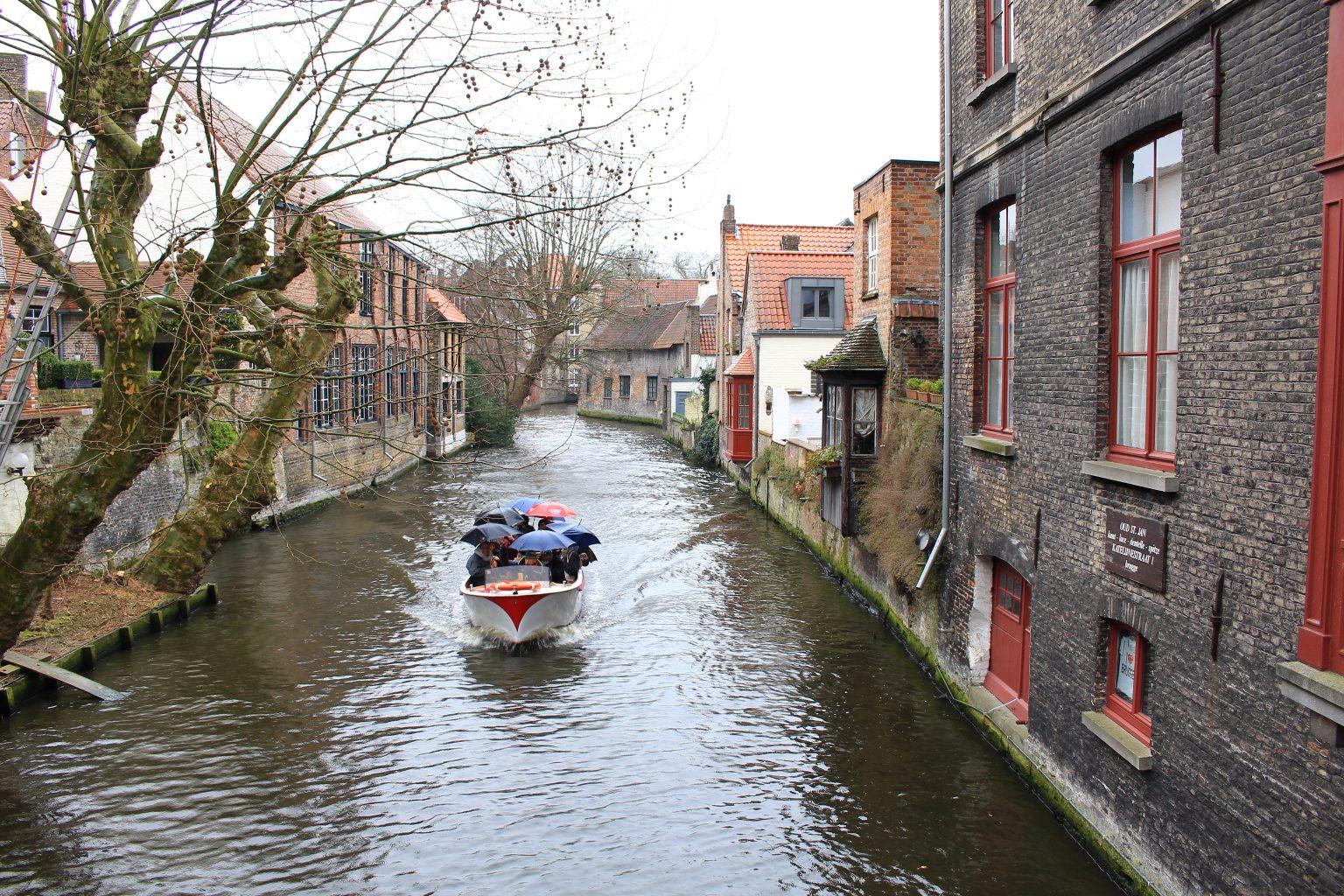 Bruges Belgium river cruise, bruges walking tour, brugge city tour