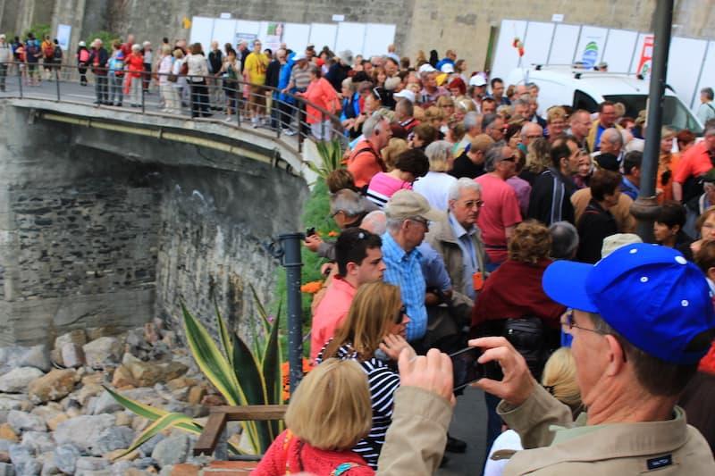 Hordes of tourists, cinque terre map, cinque terre weather