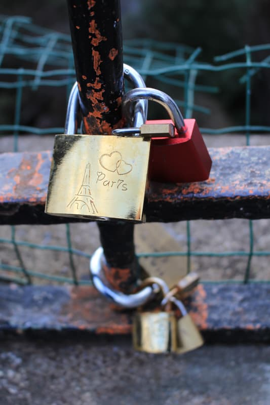 love lock paris, paris arrondissements map, best places to visit in paris