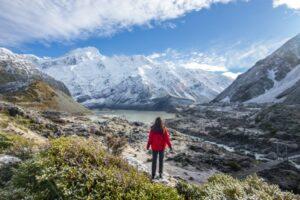 Hiking Hooker Valley, Mount Cook, New Zealand
