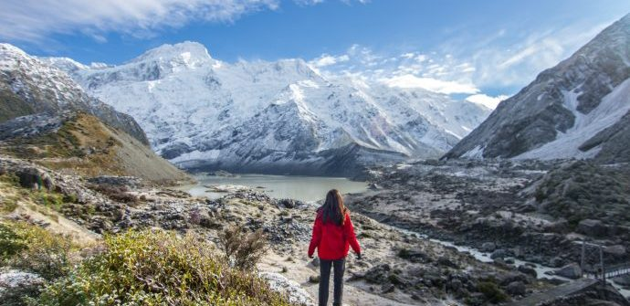 Hiking Hooker Valley, Mount Cook, New Zealand