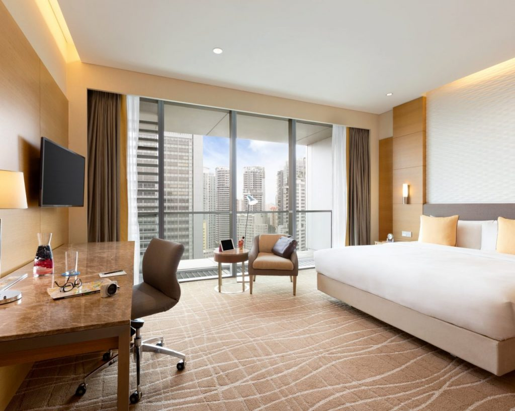 hotel-jen-orchardgateway-singapore-deluxe-guest-room-1127110