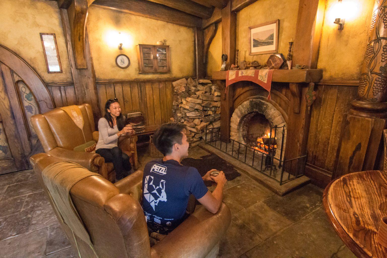 Hobbiton Movie Set Tour Lord of The Rings Matamata fireplace Bel Around The World