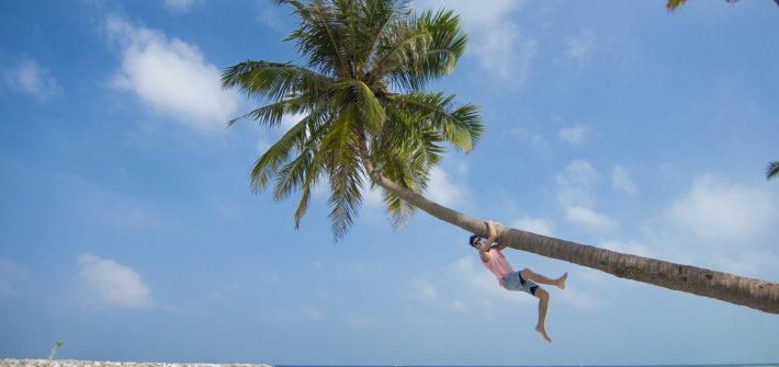 Bikini Beach Maafushi.jpg