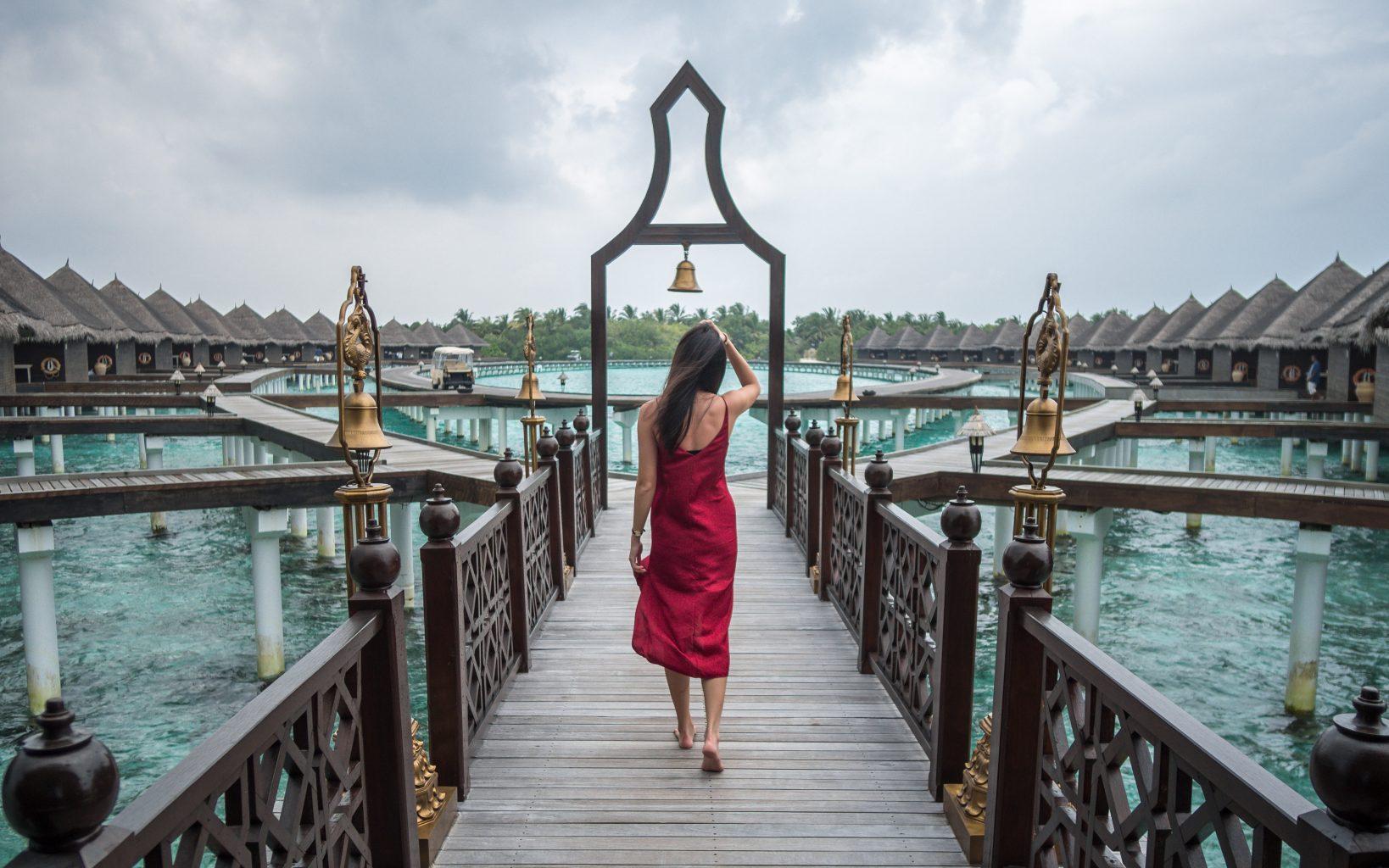 taj-exotica-maldives-Rehendi-Presidential-Overwater-Suite ...