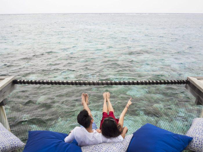 taj-exotica-maldives-couple
