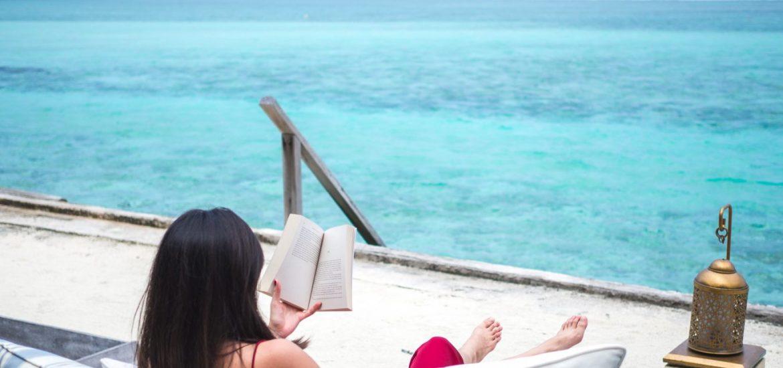 taj-exotica-maldives-sundeck-lounge-overwater-relax