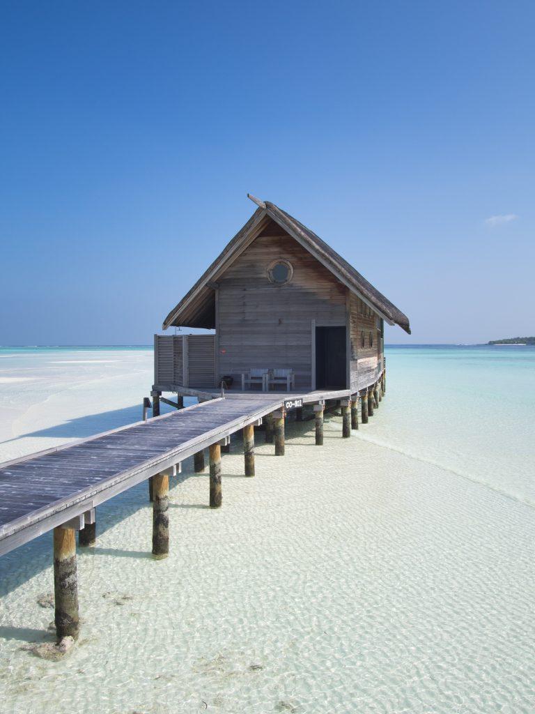 maldives COMO-Cocoa-Island-loft-villa-day