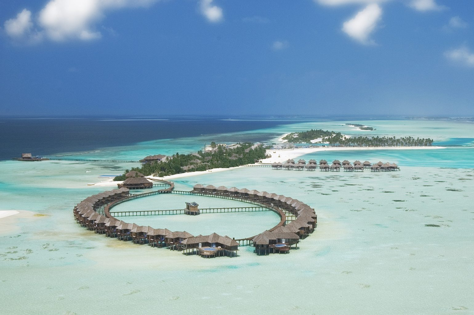 17 Mind-Blowing Maldives Hotels You Would Kill To Visit