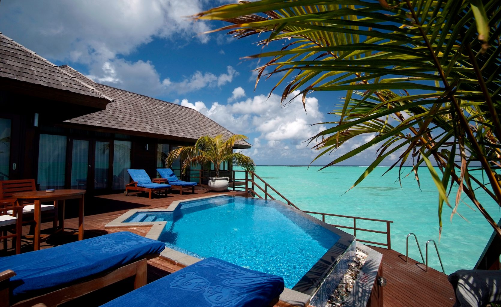 Olhuveli Beach Spa Maldives Presidential Suite Bel Around The World