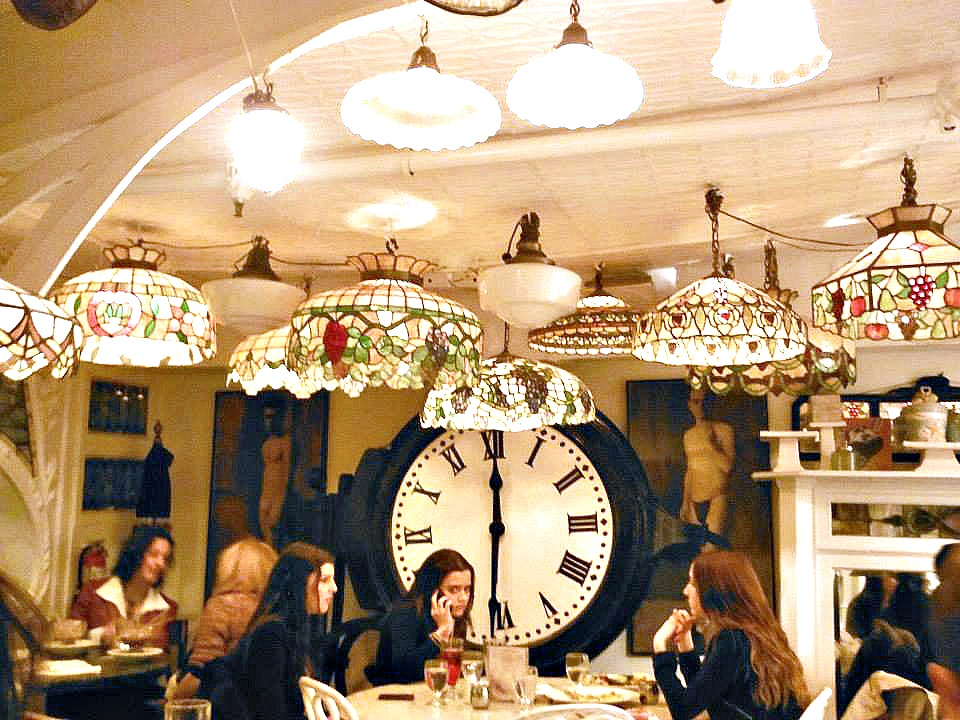 Serendipity tiffany lamps best food what to eat nyc