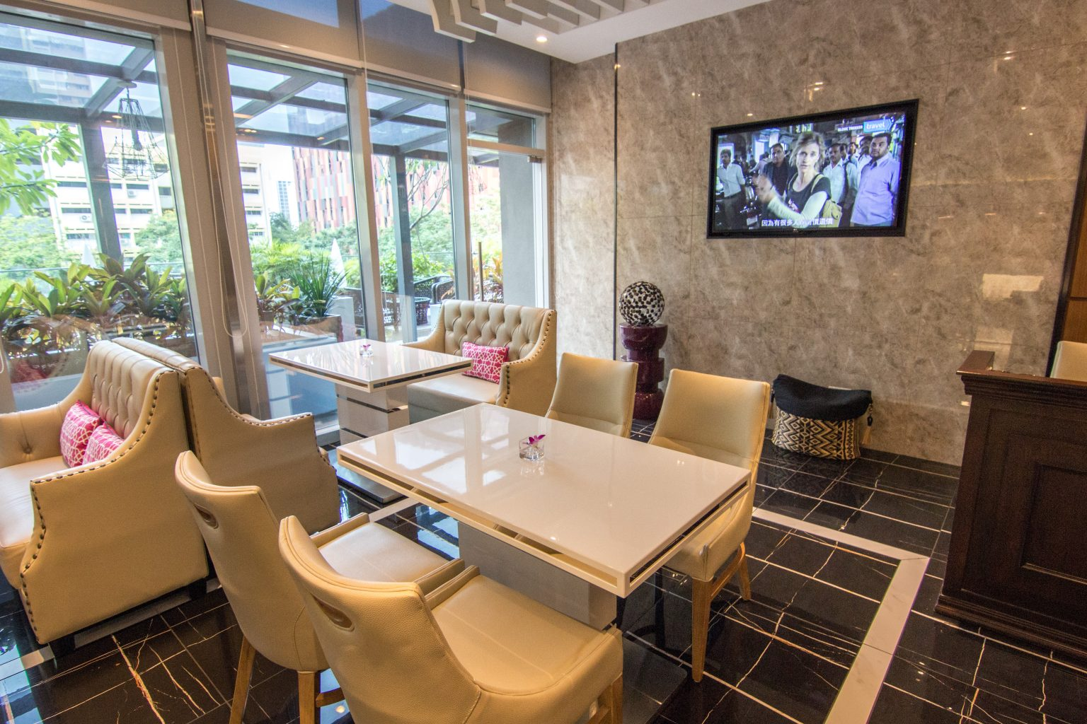 Mercure Singapore Bugis privilege lounge
