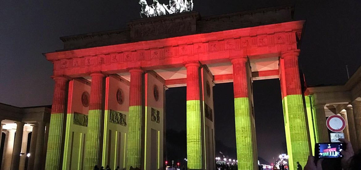 Brandenburg Gate by @visitberlin things must do when visiting Berlin