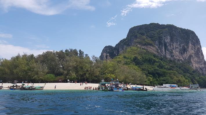 Poda Island krabi-guide-cheap-budget-5d4n-holiday