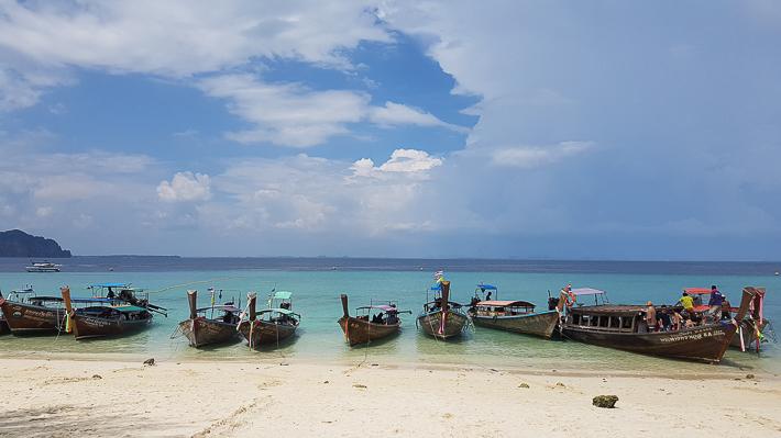 Poda Island boats krabi-guide-cheap-budget-5d4n-holiday