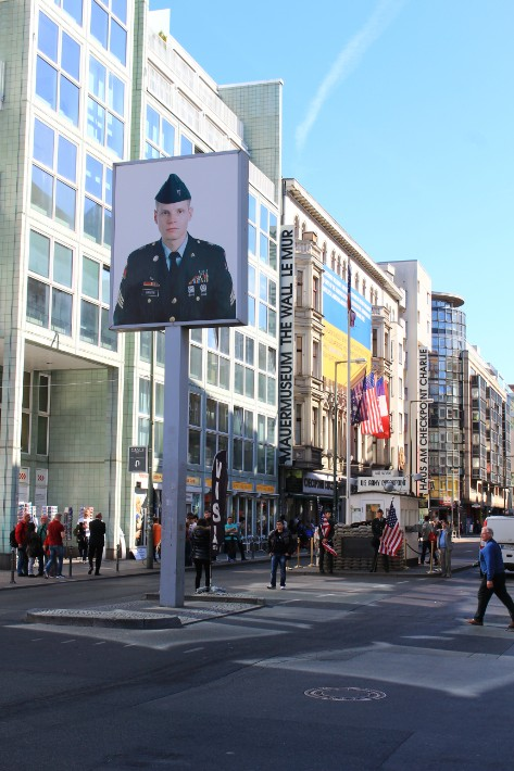 checkpoint charlie, 36 hours in berlin, top things to do in berlin