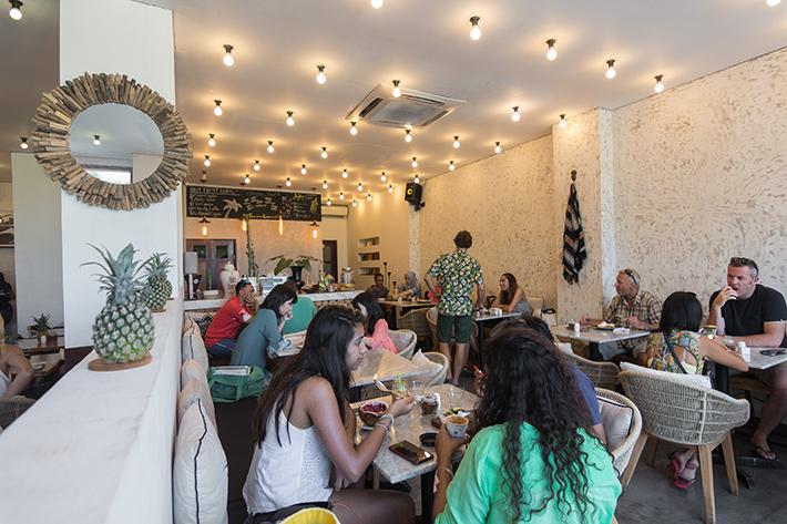 cafe organic interior decoration Best Cafes