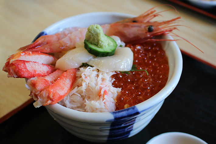 morning market ebisuya donburi seafood rice bowl Hakodate & Toya - 6-Day South Hokkaido Itinerary
