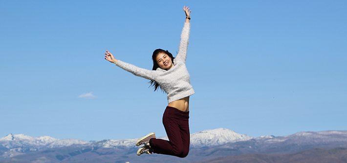 lake toya mount usu Observation Deck girl jump