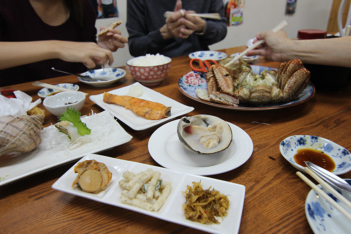 otaru canal Sankaku Fish Market fresh seafood, what to eat in sapporo, best food in sapporo, sapporo must eat, hokkaido famous food