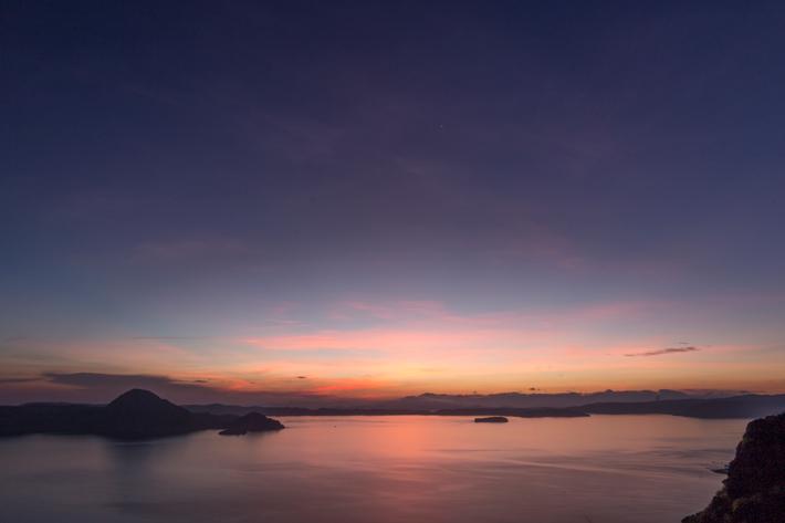 padar-island-sunrise-labuan bajo indonesia; things to do in labuan bajo