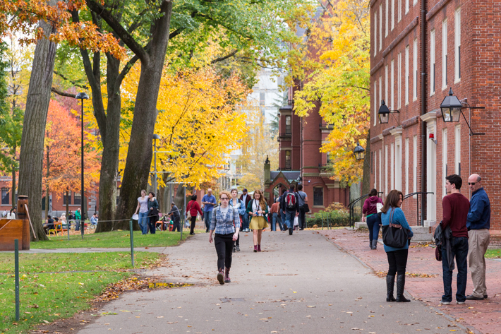 Harvard-Universtity Favourite Student Hangouts in Cambridge, MA
