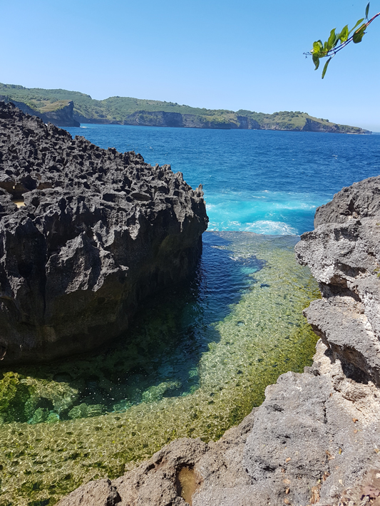 Billabong Beach Angel's Billabong nusa penida