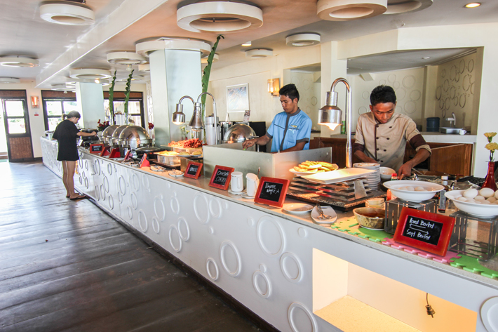 club paradise palawan coron restaurant buffet breakfast