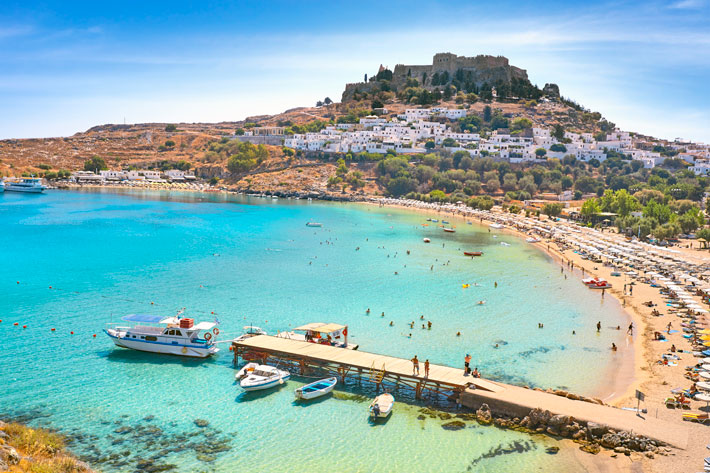 6 Best Places In Greece To Visit October
