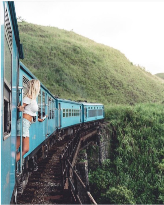 Secrets of Famous Travel Instagrammers – Meet @xkflyaway