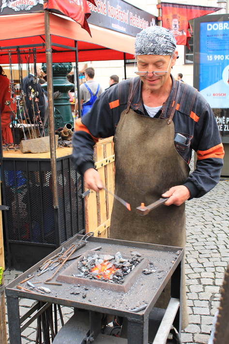 weekend market, what to do in prague, prague 3 day itinerary, travelling prague