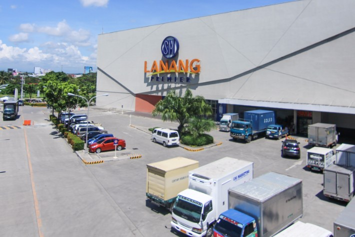 Lanang Premiere Mall Davao City Philippines