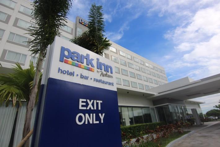Park Inn by Radisson Clark entrance, Clark Philippines