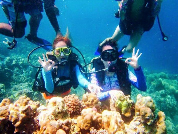 Boracay snorkelling underwater