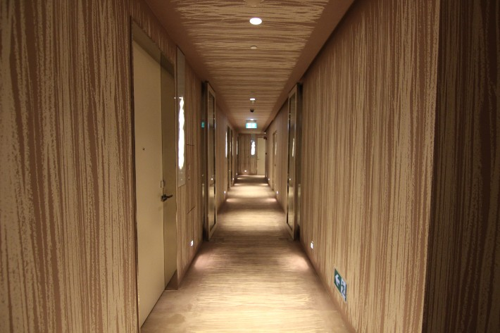 JW Marriott South Beach room corridor