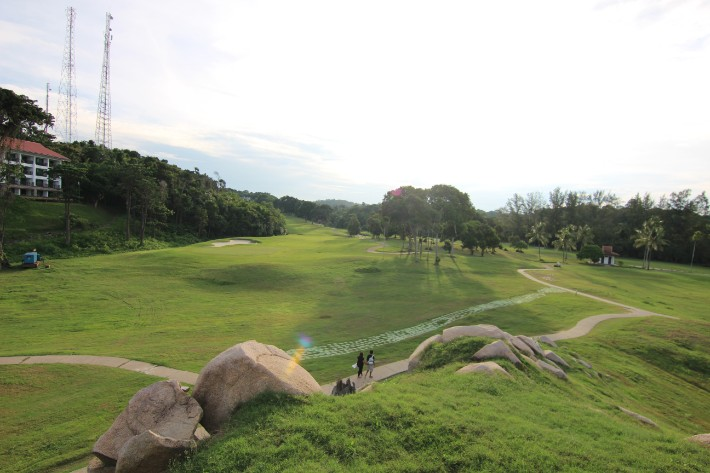 bintan lagoon resort golf