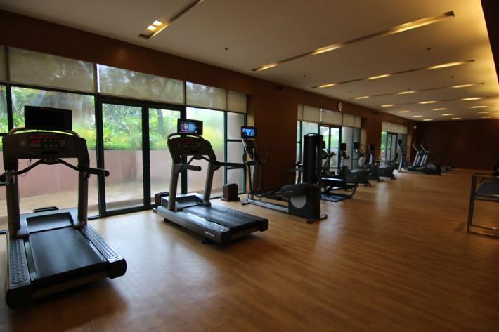 Radisson Blu Cebu gym