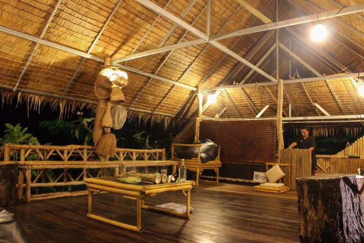 anurak community lodge khao sok national park bamboo hut Bel Around The World