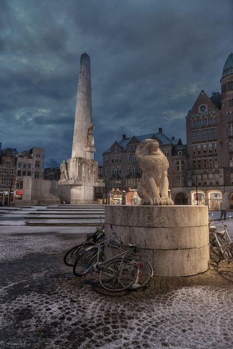 The National Monument, Dam Square, amsterdam
